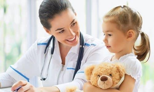 Если мочеиспускание у ребенка сопровождается тревожными симптомами, следует обязательно посетить доктора